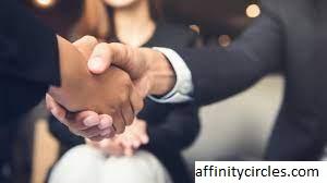 Cara Membangun Jaringan Alumni Perusahaan Yang Harus Anda Ketahui